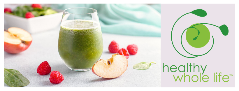 green smoothie image with apple raspberry